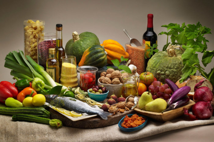 Study Show Mediterranean Diet with Walnuts Reduces Risk of Cardiovascular Diseases