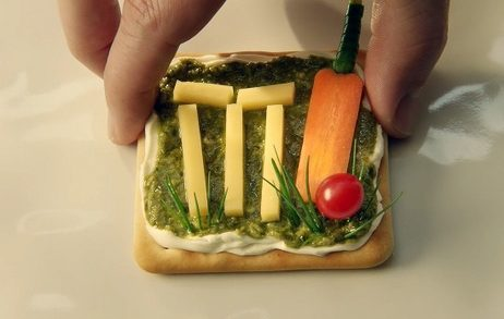 Flintoff Bowled Over by Jacob's Cream Crackers