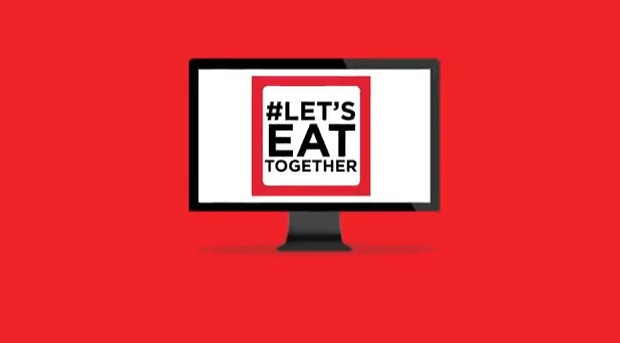 Coca-Cola's #LetsEatTogether Campaign Blends Live Tweets into a TV Ad
