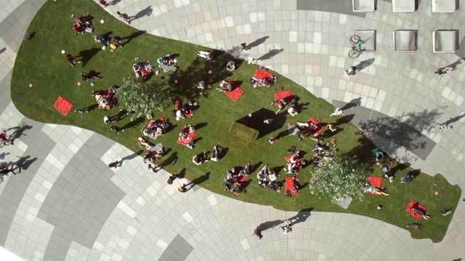 Coca-Cola Rolls Out the Green Carpet in a Pop-Up Park