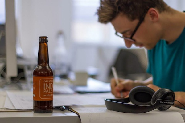 A Service That Delivers Beer To Your Work Desk Every Friday in London