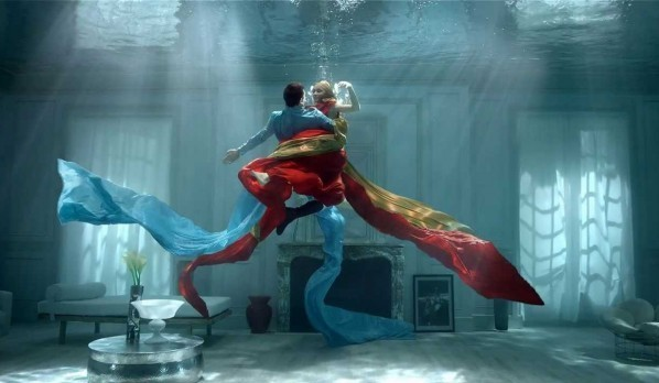 Underwater Dancers Used to Show the Beauty of Kusmi Tea's Blends