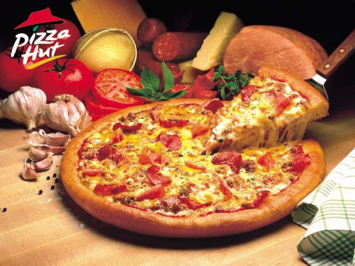 "Pizza Hut Challenges America To ""Go For Greatness"""