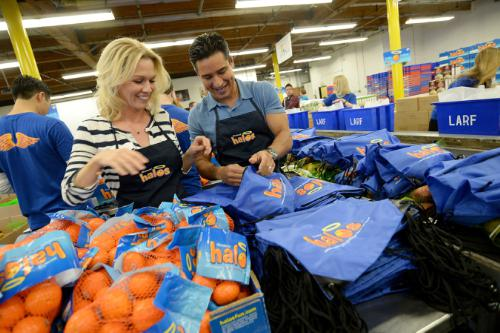 Jennie Garth & Mario Lopez Celebrate a Day of Pure Goodness