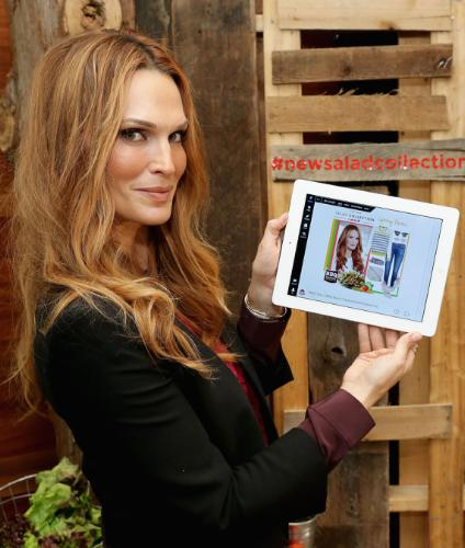 """Actress & Style Icon Molly Sims Dresses Up Wendy's """"New Salad Collection"""""""