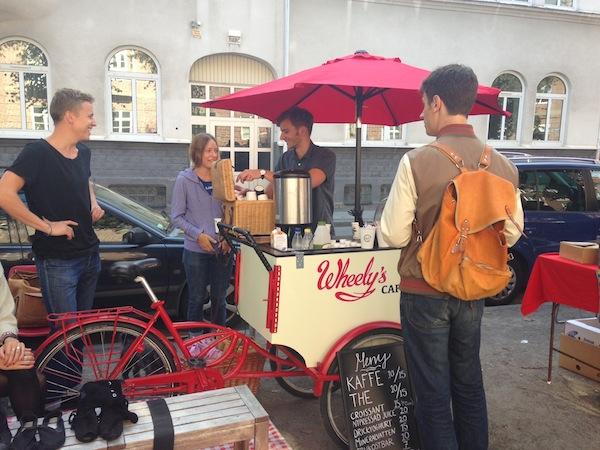 Wheely's Café: 'World Smallest Café' that Runs on Bicycle Wheels