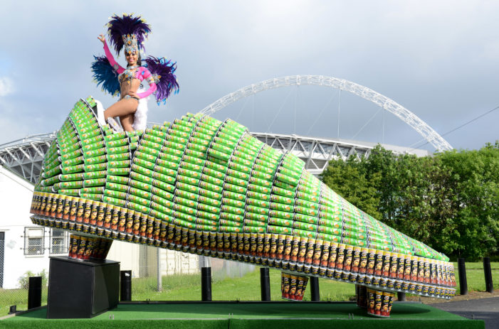 """Giant """"Lucky"""" Football Boot Made of 1,500 Pringles Cans"""