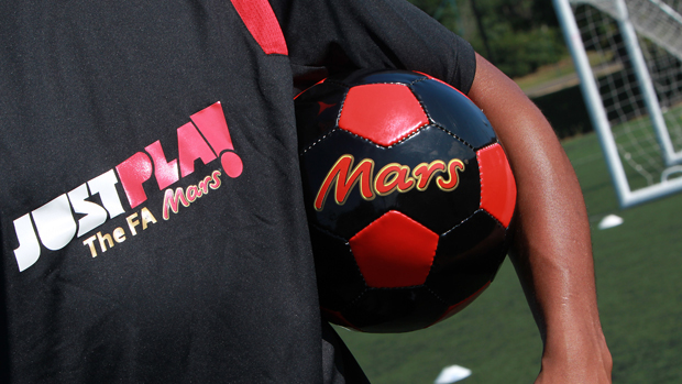 Mars Chocolate UK & the FA Offer the Chance to Just Play For Free