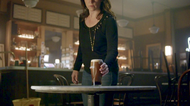 Guinness Hits Home 4th July Importance with 'Empty Chair'