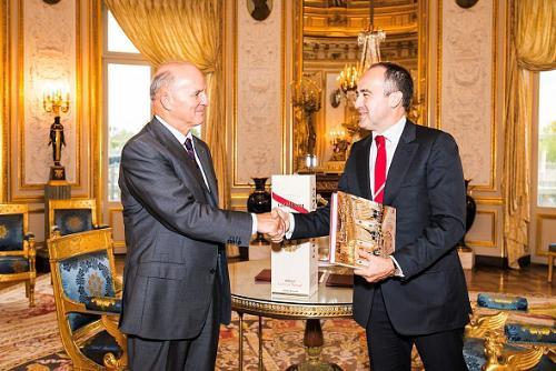 G.H.Mumm Becomes the Official Supplier of the Palais de la Legion d'Honneur
