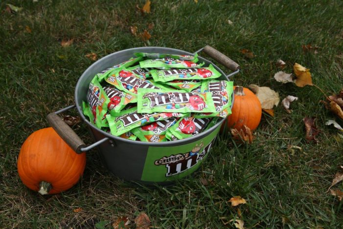 M&M's Crispy Offered To Trick-Or-Treaters … If They Find The Right House