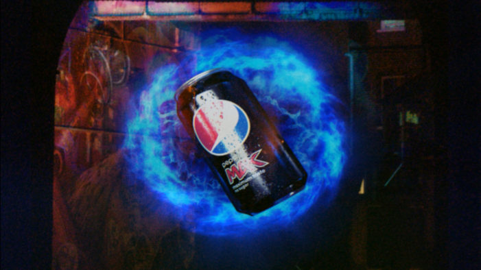 Pepsi Max 'Time Tunnel' Stunt Surprises London Bridge Commuters