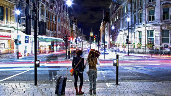 Beck's Vier Unveil #CaptureTheNight To Mark 24-hour Tube Travel