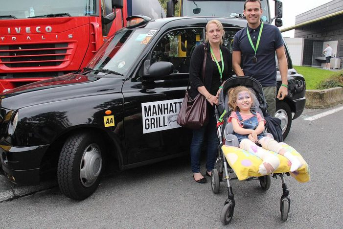 Manhattan Grill Supplies Packed Lunches for Terminally Ill Children