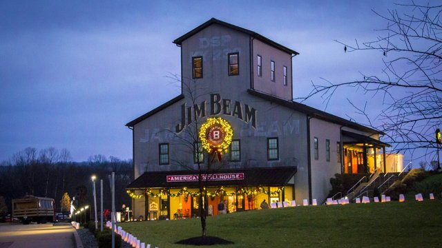 Jim Beam Transforms Barrel Rackhouse Into 3D Film Screen