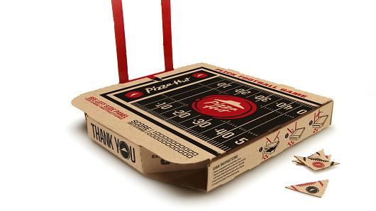 Pizza Hut Kicks off American Football Season with New Flick Football Box