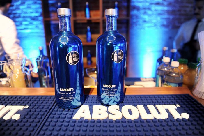 Absolut Infuses New Social Electricity into Holiday Season with Return of Limited Edition Absolut Electrik Bottle