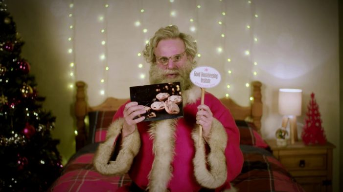Iceland Turn Santa into a Vlogger to Promote their Award Winning Mince Pies