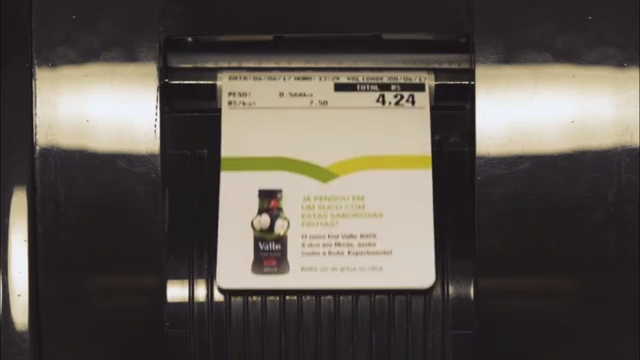 Del Valle & WMcCann Surprise Brazilian Shoppers by Changing Label Printing Scale into a New Medium