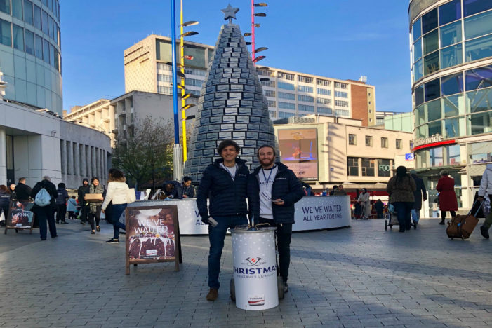 Lurpak Unveils 'Butter-Themed' Christmas Tree in the UK
