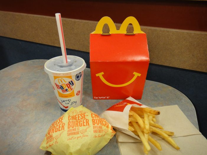 McDonald's Cuts Cheeseburger from Happy Meal as Part of Larger Health Push