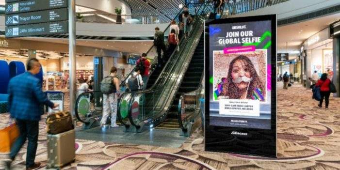 Absolut Launches Global Interactive Selfie Campaign in Airports With the Help of JCDecaux