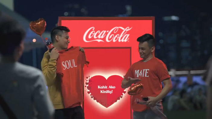 Coca-Cola and Ogilvy Get the Philippines to Fizz up their Valentine's with a Love Song