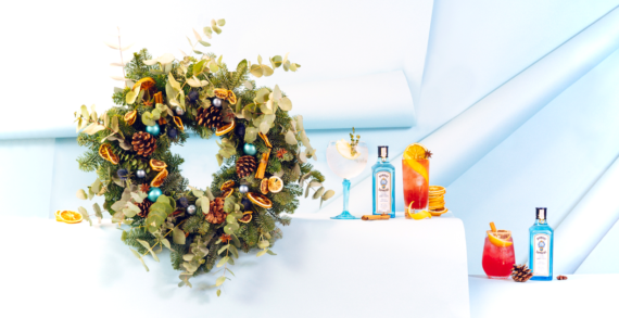 Decorate Your Festive Cocktails With Seasonal Garnishes Using The New Bombay Sapphire Wreath